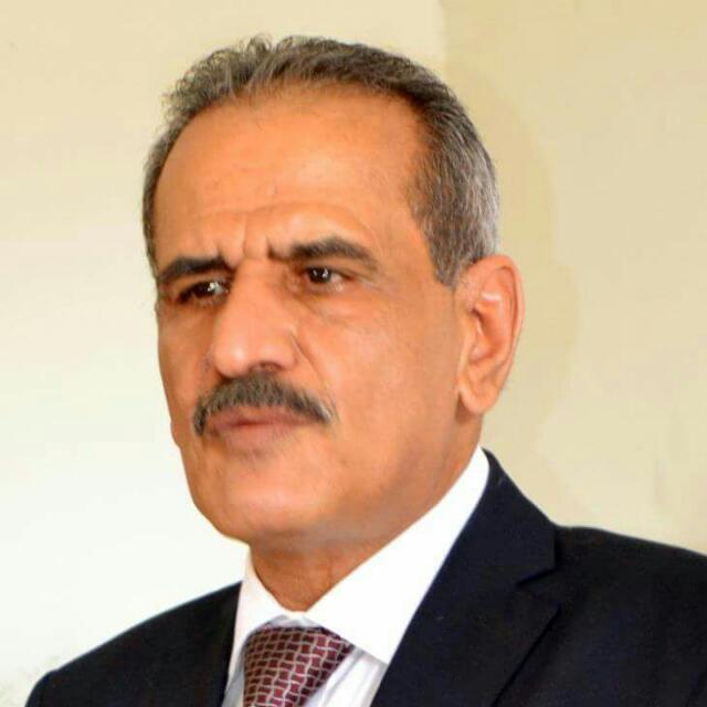 وزير التربية د. لملس ينفي تقديم اختبارات النقل والوزاري