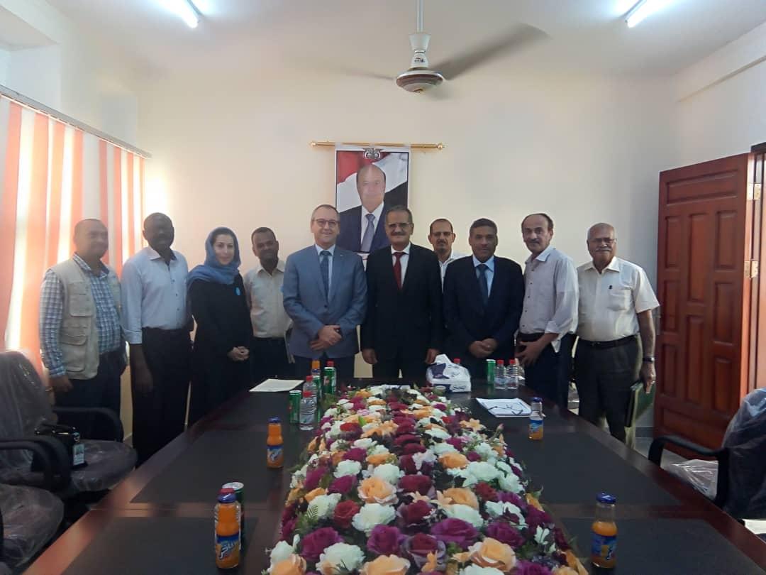 وزير التربية د. لملس يلتقي المدير الاقليمي في الشرق الاوسط في منظمة اليونيسيف بعدن