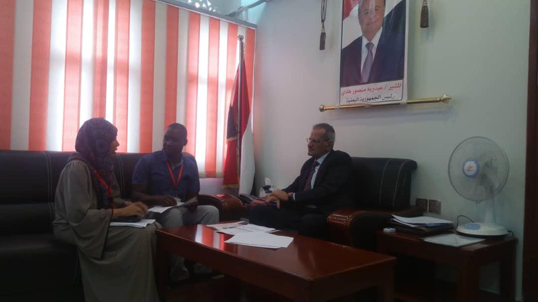وزير التربية د. لملس يلتقي ممثل رعاية الأطفال