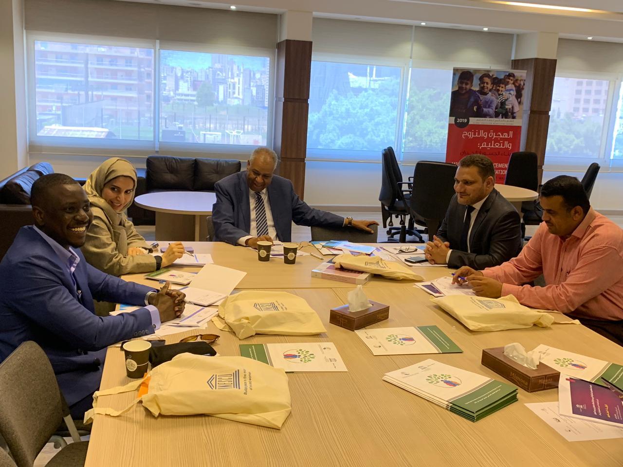 لقاء ثلاثي في بيروت لدعم التعليم المجتمعي في وزارة التربية والتعليم في اليمن لعودة الأطفال خارج المدرسة