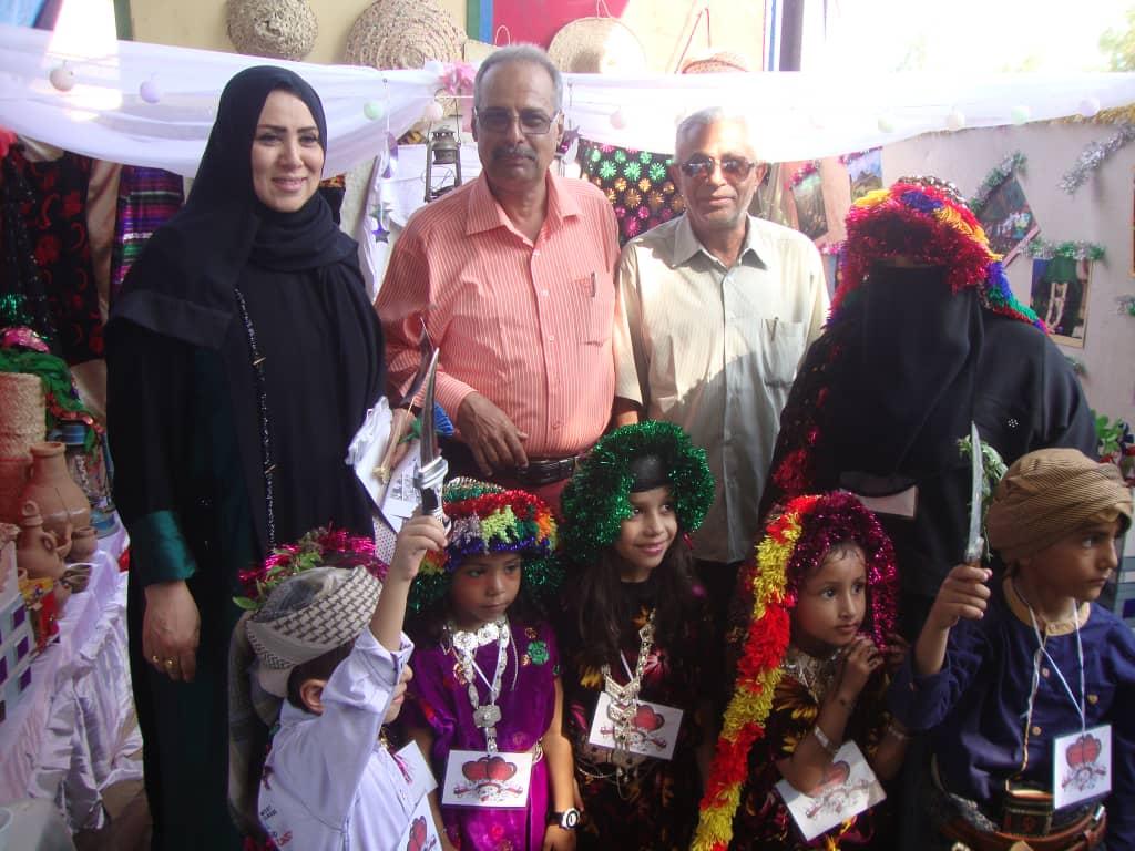 بحضور الدكتور محمد الرقيبي تدشثن المهرجان الكرنفالي التراثي الفني الاستعراضي لرياض عدن