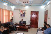 وزير التربية يناقش مع مدير مكتب مفوضية اللاجئين بعدن خطة دمج تعليم اللاجئين