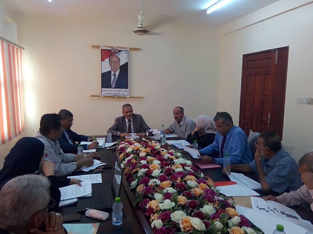 وزير التربية يستعرض خطة التعليم الانتقالية مع مجلس وكلاء الوزارة