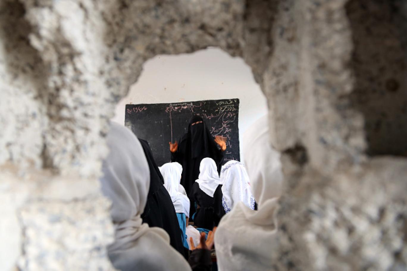 قطاع التعليم في اليمن يقف على حافة الانهيار