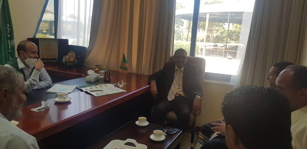 بتوجيهات الوزير لملس.. د.باسليم يستعرض مع مركز الملك سلمان التدخلات العاجلة لقطاع التعليم في مجال المشاريع