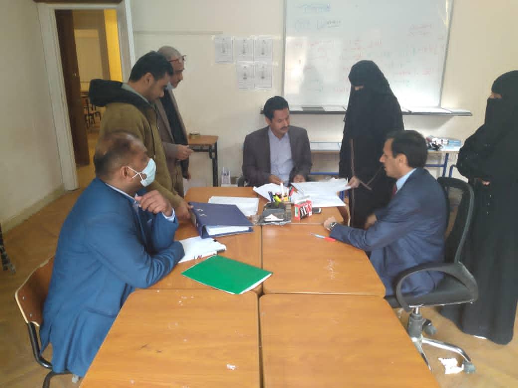 نائب وزير التربية يناقش أوضاع المدارس اليمنية الخاصة بجمهورية مصر العربية