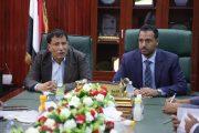 وزير التربية يثمن جهود السلطة المحلية بالمهرة في استقرار العملية التعليمية