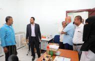 العكبري يزور عيادات الصحة المدرسية ويطلع على الخدمات الصحية والعلاجية التي تقدمها لمنتسبي التربية والتعليم